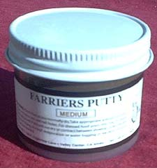 Medium Farriers Putty